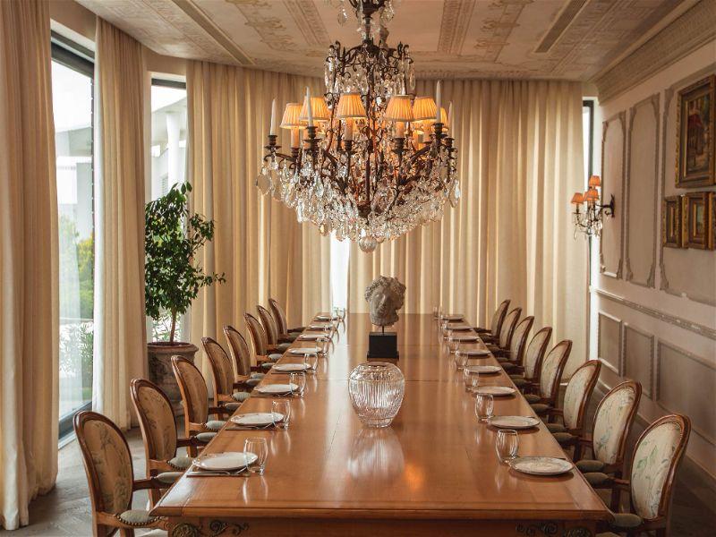 sala de jantar para 16 pessoas