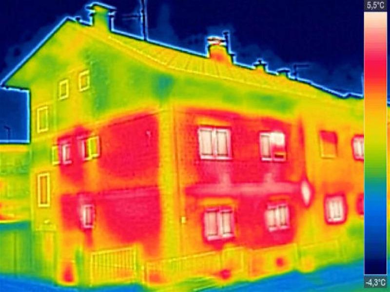 imagem de casa sendo vista por sensor de presença por temperatura
